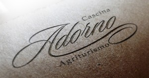 mockup logo Agriturismo Cascina Adorno